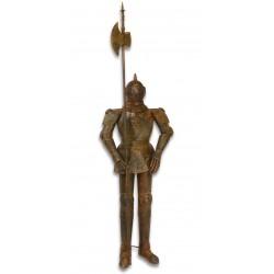 Armura mare antichizata de cavaler medieval cu lance