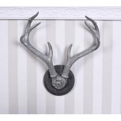 Decoratiune cu coarne din cerb
