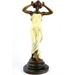 Statueta Art Deco din bronz cu o dansatoare