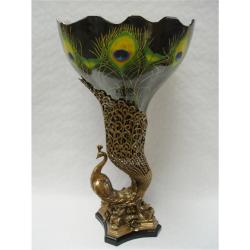 Vaza paun din portelan cu bronz