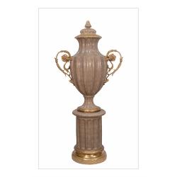 Vaza impunatoare bej din portelan cu bronz