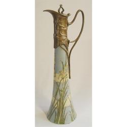 Carafa Art Nouveau din portelan cu bronz