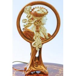 Lampa Art Nouveau cu o doamna din alabastru