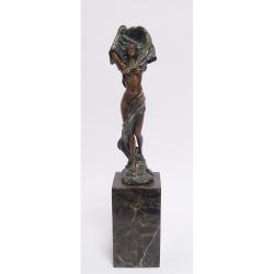 Dansatoare cu esarfa- statueta din bronz pe un soclu din marmura