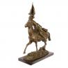 Cazac calare- statueta din bronz pe un soclu din marmura