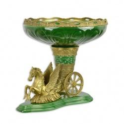 Amfora  cu un Pegasus din portelan cu bronz