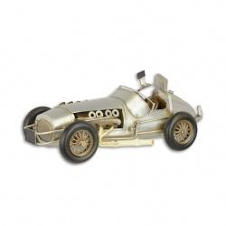 Model de masina de formula 1