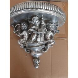 Consola de perete argintie cu ingerasi muzicanti