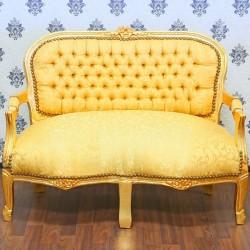 Sofa pentru copii din lemn masiv auriu cu tapiterie de matase aurie