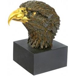 Vultur-bust din bronz pe un soclu din marmura