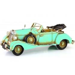 Model de masinuta de epoca verde