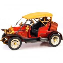 Model de masinuta de epoca rosie