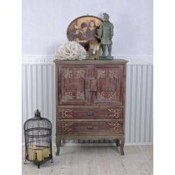 Cabinet din lemn masiv antichizat