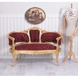 Sofa Maria Antoineta din lemn masiv auriu si tapiterie rosie