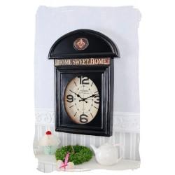 Ceas de perete in forma de cabina telefonica