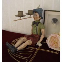 Sfesnic cu Pinochio din rasini speciale