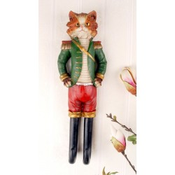 Cuier nostalgic din rasini cu o pisica