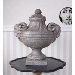 Amfora ceramica cu doua capete de berbec