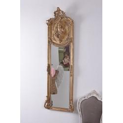 Oglinda Jugenstill cu o rama aurie cu o femeie